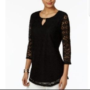 JM Collection Black Crochet Lace Keyhole Top Sz M